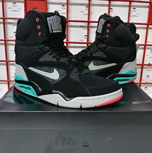 meilleur site web 387b0 c1161 Nike Air Command Force David Robinson Men's Shoes